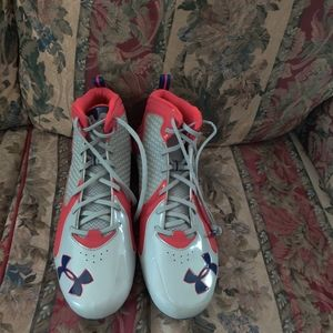 Under Armour Clutch Fit Football Cleats